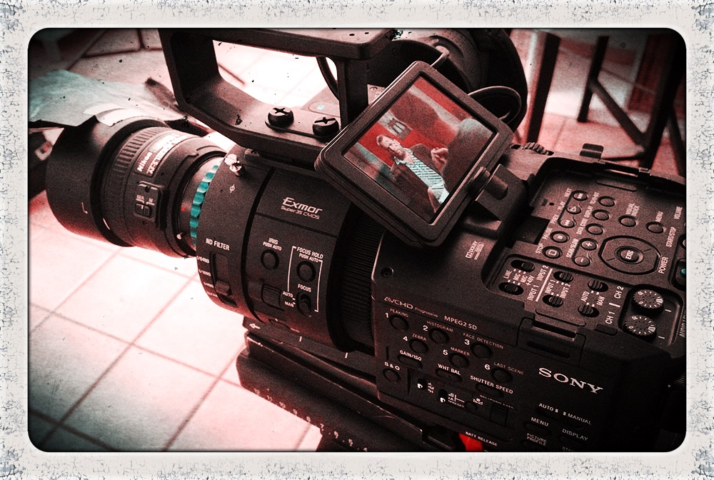 FS700 vs F3 talking head
